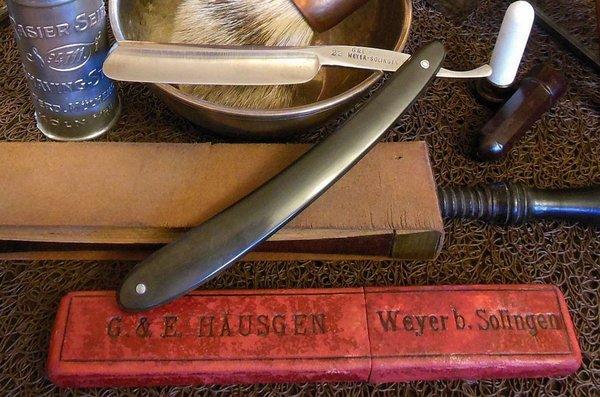 Häusgen,G.&E. Weyer-Solingen #22 4-8 FR Bak sw DSCN7585a.jpg