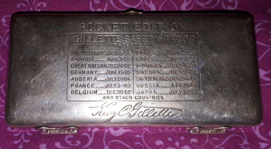 Gillette Pocket 2-4f.jpeg