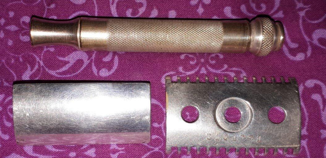 Gillette Pocket 2-6f.jpeg