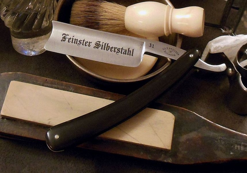 Häusgen,G.&E. W.Solingen #31 Spanisch 9-8 Feister Silber Stahl Bak sw AgincourtStd a.jpg
